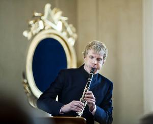 Världens främste klassiske klarinettist kommer från Sollefteå. När Martin Fröst spelade med bröderna Göran och Johan i Multrå kyrka som en födelsedagspresent till mamma var kyrkan mer än fullsatt.