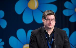 Sverigedemokraten Per Carlberg berättar för DN att många har kontaktat honom och är upprörda över verken på Slussens tunnelbanestation. Foto: Björn Lindgren/TT/Arkivbild.