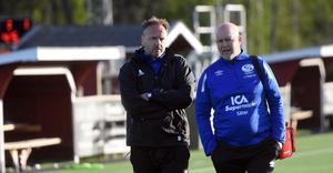 Jonas Björkgren och assisterande tränaren Leif Fjägerås.