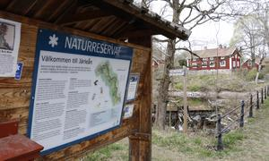 Det finns många naturreservat runt omkring i Örebro län. Järleåns naturreservat sträcker sig från Järle kvarn och ända upp mot Hammarby och där finns både natur och industriell historia.