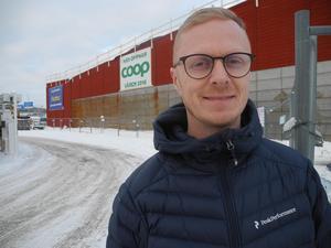 Erik Nilsson är utsedd till butikschef för Coop:s nya matvaruaffär i Falun som just nu byggs.