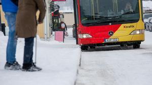 Svårigheter att ta sig till busshållplatsen ska nu vara ett minne blott enligt X-trafiks nya satsning Närtrafik.