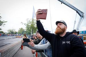 Perttu Räsänen hade åkt ända från Finland för att titta på burn out och följa Summer Meet i Västerås. Foto: Lennye Osbeck