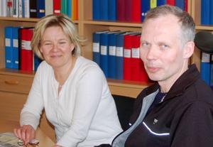 """""""Gymnasieskolan är viktig för samhällets utveckling"""", säger Hjalmar Strömerskolans rektor Anders Bergman och biträdande rektor Heidi Sundelin."""