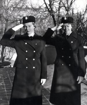 Pionjärer. Bilden är från 1958 men förtäljer inte kvinnornas namn. Foto: TTbild