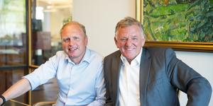 Andreas Renschler, till höger, är vd för Traton. Henrik Henriksson, till vänster, är vd för Scania.