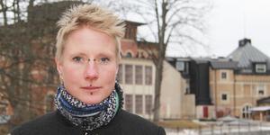 """Poeten Sofia Rapp Johansson ska läsa högt ur sin bok """"Golgata"""" på Världspoesidagen."""