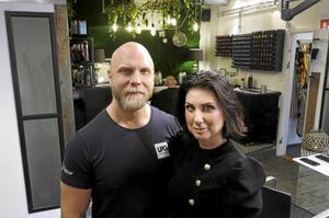 Stina Larsson har haft sitt företag i 21 år. För två år sedan anslöt maken Johan.
