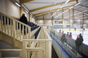 Rosengårds ishall renoverades för tre år sedan, då 500 stolar sattes in. Foto: Daniel Nilsson/Bildbyrån