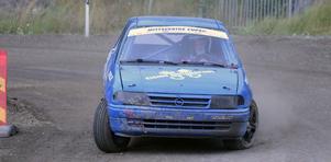 Mattias Eising strax innan han tvingas bryta i det sista kvalheatet i rallycross. Han kom dock tillbaka och vann finalen.