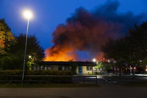 Gottsundaskolan blev så gott som totalförstörd.                             Foto: TT