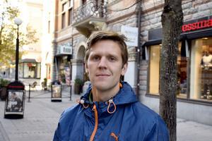 Joel Hammarström, 34, lärare, Söråker: