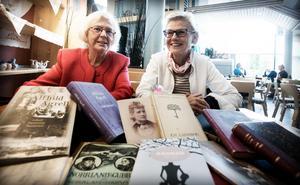 Lena Fries Gedin och Maria Lycken från Alfhild Agrell-sällskapet.