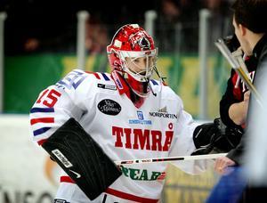 Tuomo Karjlaienen spelade en och en halv period i Timrå.
