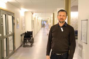 De flesta patienter får vård i rätt tid på Valbo hälsocentral, konstaterar vårdenhetschefen Oskar Bondesson.