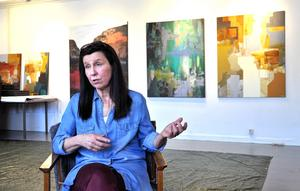 Åsa Peck i sin nya ateljé på Björnövägen. Foto: Kristina Maria Mezei