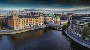 Den regering som flyttar in i Rosenbad bör reformera svensk arbetsmarknadspolitik, anser debattören. Foto: Jonas Ekströmer/TT