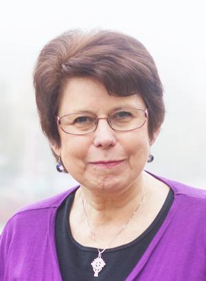 Krönikören Lena Lönnqvist är Folkärnabo, föreningsmänniska och bland annat tidigare rektor för Sjöviks folkhögskola.