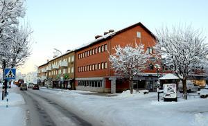 näringslivsenheten och Bizmaker flyttar till nya lokaler vid Centraltorget och Järnvägsgatan där bland annat Företagarcentrum höll till en gång i tiden.