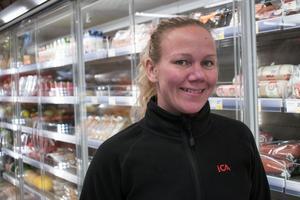 Ica-handlaren Linda Olofsson har satsat flera miljoner på att modernisera butiken sedan hon tog över efter Per-Leo Andersson 2017. Nu kan Gruvhallen utses till Årets butik.