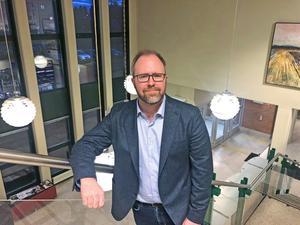 Erik Mååg  hoppas att  den försiktighet med pengar han fått lära i Gagnef nu ska kunna vända på Vansbros negativa trend.