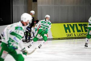 Martin Landström var aftonens stora poängkung, med hela fyra mål för VSK.