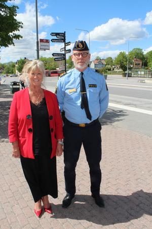 Björn Cewenhielm, lokalpolisområdeschef i Norrtälje och Marita Bertilsson på Trygg i Norrtälje.