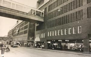 Stora gatan utanför Punkt 1992.