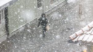 SMHI varnar för snöfall i Västmanland och Uppsala län.