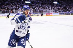 Valkvae-Olsen firar sitt mål. Foto: Daniel Eriksson / BILDBYRÅN