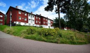 Flytten till Borlänge är, enligt Jan Bohman (S), ett sätt att behålla verksamhet i länet.
