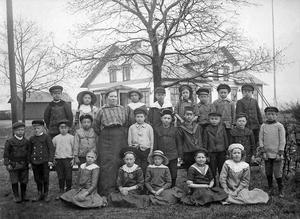 Södra Brunns skola 1915.  Klass 1-2.