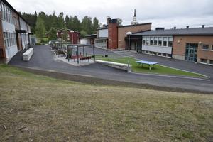 Landsbygdsprogrammet garanterar våra kommundelar grundläggande kommunal service, och därför är skolorna i våra serviceorter, till exempel Liden (bilden), Indal och Stöde, undantagna i utredningen, skriver debattförfattaren.