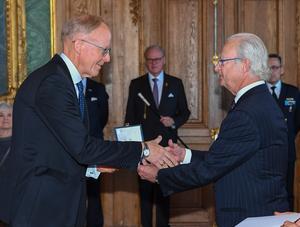 Johan Söderström, vd för ABB Sverige, fick motta H.M. Konungens medalj, 12:e storleken i Serafimerordens band, för betydande insatser inom svenskt näringsliv