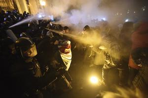 Protester i Ungern mot Viktor Orbans
