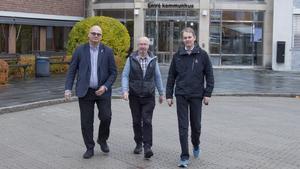 Tony Andersson, oppositionsråd (M), Sven-Åke Jacobson, gruppledare (KD) och Niklas Edén, gruppledare (C), bildar oppositionen som nu har lämnat in sin budget.