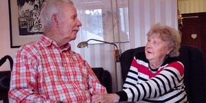 Per-Erik och Kerstin Lejonmark bor i en lägenhet i Ljusne. Dit kommer hemtjänsten fem gånger om dagen.