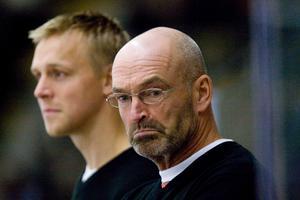 Bert Robertsson och Mats Waltin var tränarduon i VIK säsongen 2011/2012. FOTO: Per G Norén/arkiv