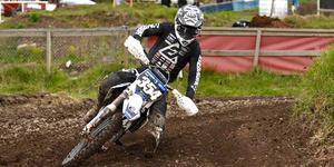 Viking Lindström tog flera fina placeringar i helgens motocrosstävlingar.