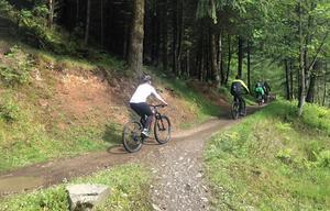 I Skottland omsätter cykelturismen mellan 1,5-3 miljarder per år.