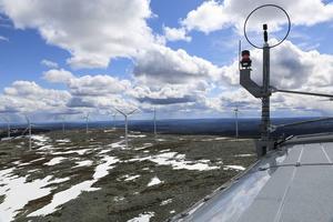 Utsikt mot östra Härjedalen från toppen av ett vindkraftverk.