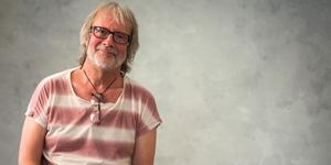 Thomas Ljungqvist, 50 år som fotograf. Nu visar han en del av sin bildskatt för Köpingsborna.