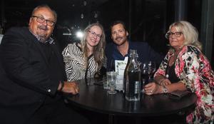 Brasseriet. Lasse, Maud, Håkan och Suss. Foto: Fabian Zeidlitz