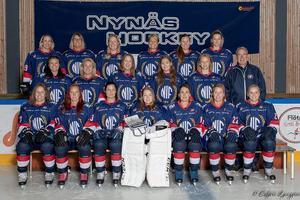 Nynäs Hockey damlag vann samtliga matcher under sin första säsong i seriespel. Foto: Esbjörn Ljunggren