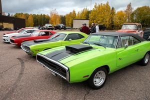 Denna modell av Dodge Charger  från 1970 räknas tillsammans med årsmodellerna 1968 och 1969 till andra generationens Charger.