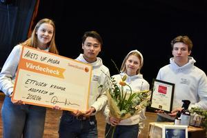 Addfresh UF lyckades bli årets UF-företag i Mora. I bild ser man Maja Schneider, Isak Lindgren, Moa Beronius och Petter Halvordsson.