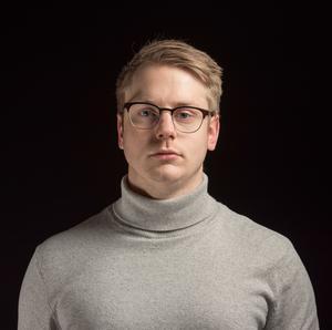Axel Kjellin är kommunikatör på Surahammars kommun. Foto: Pressbild.
