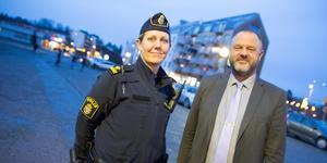 Polisens arbete i Nykvarns kommun bygger på samverkan med kommunen och lokala aktörer. Sandra Pettersson är kommunpolis och Niclas Fagerström är kommunens säkerhetschef.
