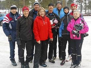 Ola Hedlund, Tord Karlsson, Thomas Kirkegaard, Rigmor Kirkegaard, Mats Isberg, Mats Hiertner, Calle Bergström, Bo Marklund och Gerd Andersson provade Vasaloppsspåret för SPF Faluns räkning.