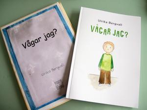 I tio år har boken blivit liggande, tejpen har gulnat på ur-varianten till vänster. Till slut vågade Ulrika Bergvall trycka upp hundra exemplar.